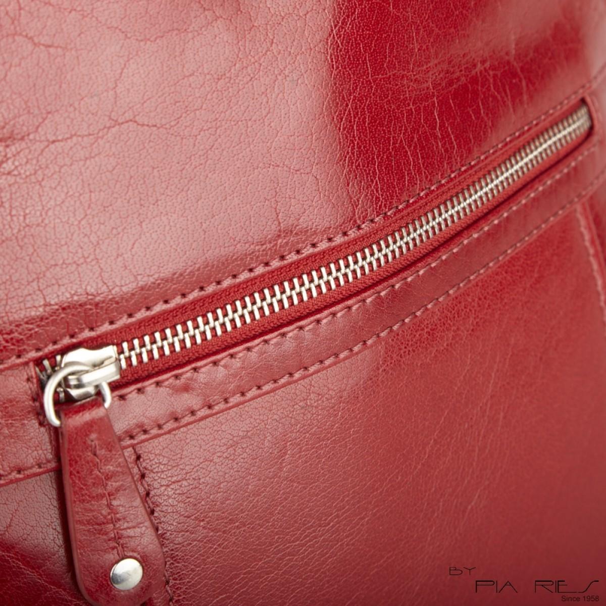City rygsæk i rød-31