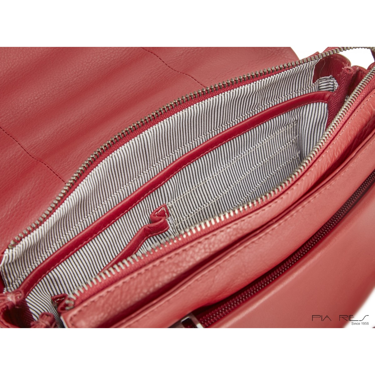 Taske med overslag rød-328